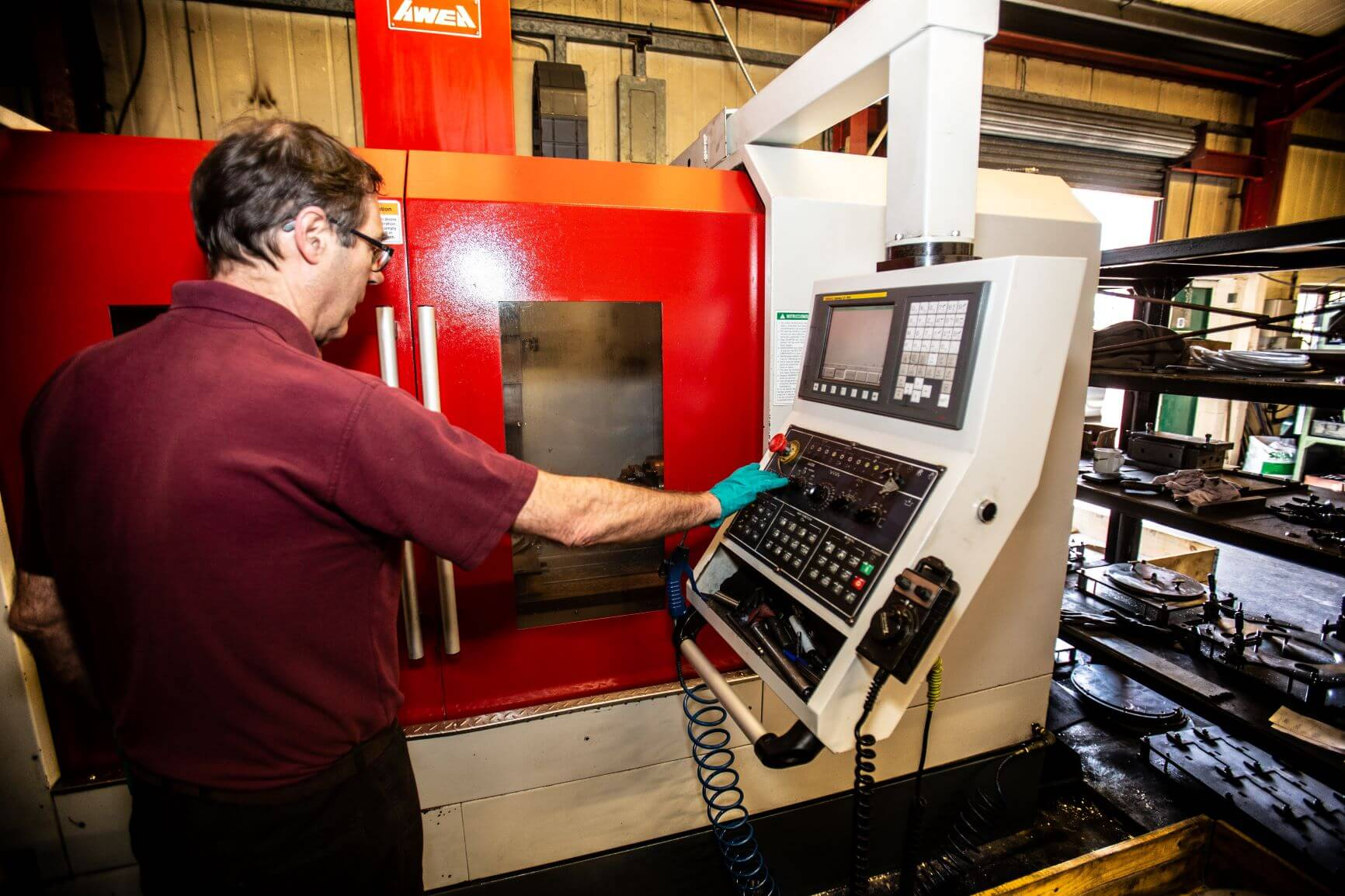 Qutec Tooling and CNC Machining Services